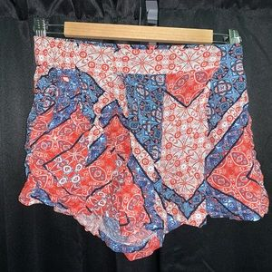 Woman's Jessica Simpson Flowy Shorts